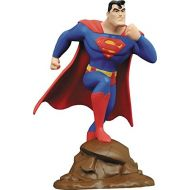 DIAMOND SELECT TOYS DC Gallery: Superman: The Animated Series: Superman PVC Figure, 9
